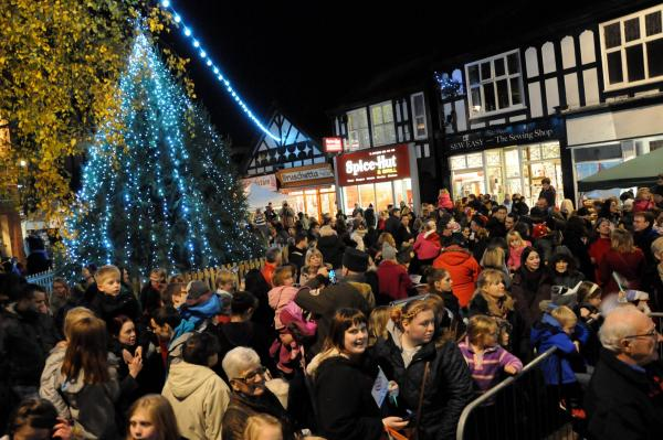 Northwich Christmas Lights Switch on 2014